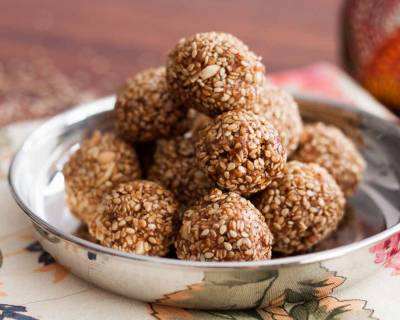 Til Ke Laddu Recipe (Sesame Seeds Laddu Recipe)