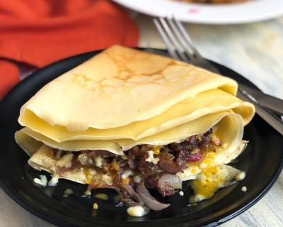 Bacon, Caramelised Onions And Cheese Crepes Recipe