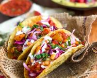 Chatpata Aloo Chaat Taco Recipe With Sour Cream & Salad