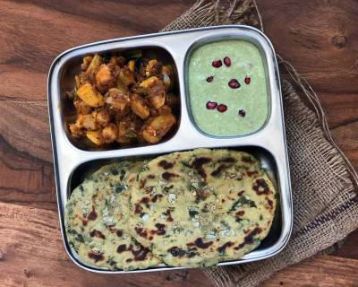 Try This Lip Smacking Meal - Jowar Garlic Naan,  Achari Aloo & Pudina Chutney