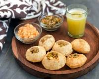 Sweet & Spicy Pineapple Pani Puri Recipe