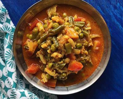 Tarkari Ni Kari Recipe (Parsi Style Vegetable Curry)