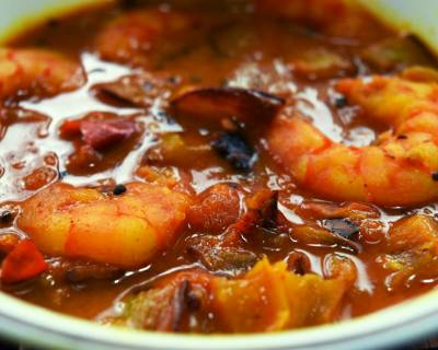 Misa Maas Kordoi Tenga Recipe (Shrimp With Star Fruit Curry)