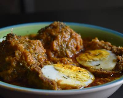 Nargisi Kofta Curry Recipe - Spicy Scotched Egg Curry