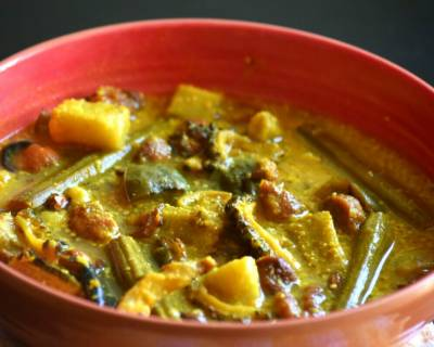 Bengali Sukto Recipe - Mixed Vegetable Curry