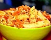 Penne Rigate With Minced Chicken Sauce & Cheese Recipe