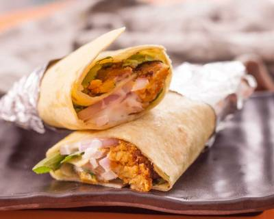 Crunchy Falafel Wrap With Garlic Mayo