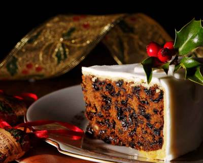 Eggless Traditional Christmas Cake Recipe - Vegan Options