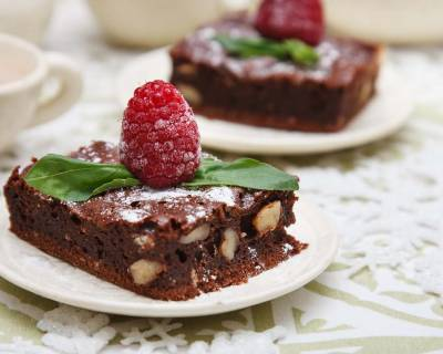 Rich Chocolate Almond Brownie Recipe