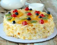 French Gâteaux Recipe (Layered Fruit and Cream Cake)