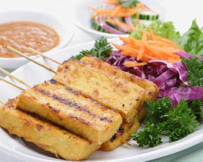 Indian starter appetizer recipes by archanas kitchen paneer satay recipe healthy vegetarian appetizer forumfinder Choice Image
