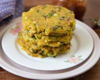 Sabudana Thalipeeth Recipe - Tapioca Pearl Spicy Flat Bread