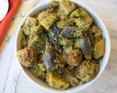 Gujarati Undhiyu Recipe - Mixed Vegetable With Fenugreek Dumplings