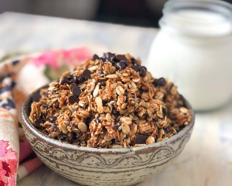 Oats Peanut Butter & Chocolate Chip Trail Mix Recipe