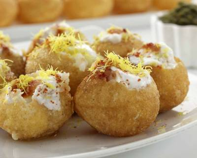 Dahi Batata Puri Chaat Recipe - Classic Indian Tea Time Snack