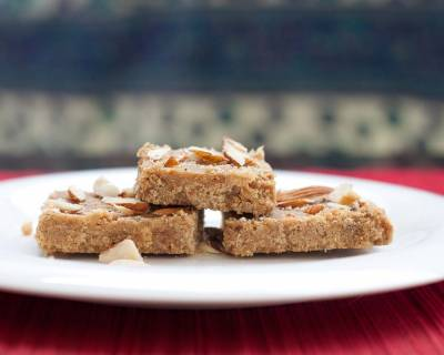 Golpapdi Recipe - Traditional Gujarati Sweet Crackers