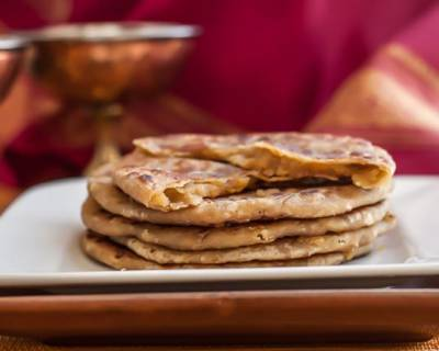 Gujarati Puran Poli Recipe (Sweet Lentil Stuffed Flat Breads)