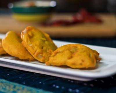 Vegetable Bajji Recipe - Pakora/Fritters