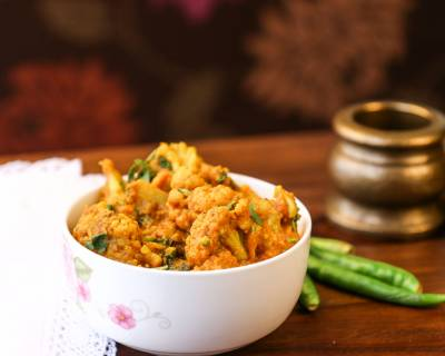 Gobi Musallam Recipe (Spicy Cauliflower Creamy Gravy)