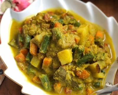 Mixed Vegetable Kurma Recipe - Vegetables in Spicy Coconut Curry