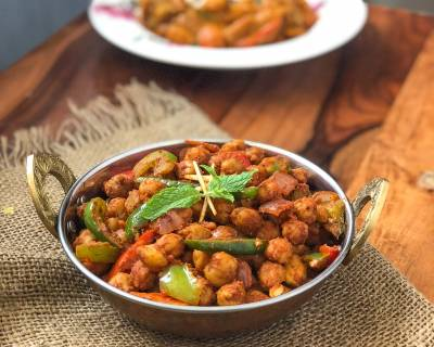 Kadai Chole Recipe- Dry Chickpeas Masala with Capsicum