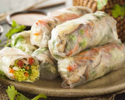 Vietnamese Vegetarian Spring Rolls Recipe With Mushrooms & Vegetables