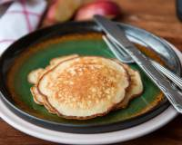 Apple Vanilla Whole Wheat Pancakes Recipe