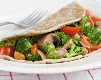 Whole Wheat Crepe Recipe With Herbed Vegetables