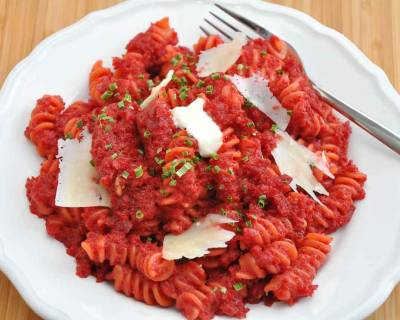 Fusilli Pasta Recipe In A Spicy Roasted Beetroot Sauce