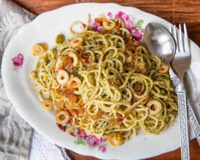 Spaghetti Pasta In Green Olive Pesto Sauce Recipe