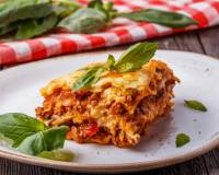 Garfield's Lasagna Recipe With Minced Meat And Italian Spices