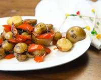 Rosemary Roasted Potatoes And Pepper Salad Recipe