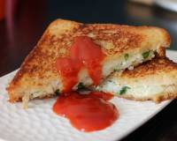 Grilled Cheese Sandwich Recipe With Paneer & Potato