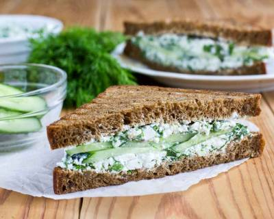Grilled Spinach And Cottage Cheese Sandwich Recipe