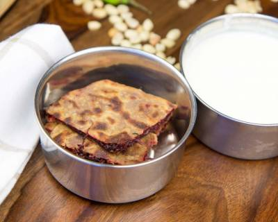 Beetroot Paratha Recipe (Kids Lunch Box Ideas)