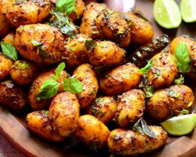 8 Spicy & Delicious Baby Potato Recipes That You Love