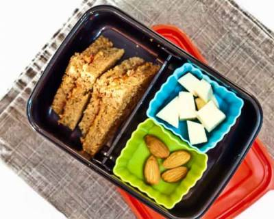 Peanut Butter Jelly Sandwich,Cheese & Almonds | Kids Lunch Box Ideas