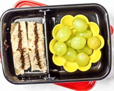 Nutella Sandwiches, Grapes | Kids Lunch Box Recipes