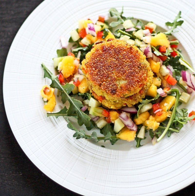 Quinoa Patties with Raw Mango Salsa Recipe